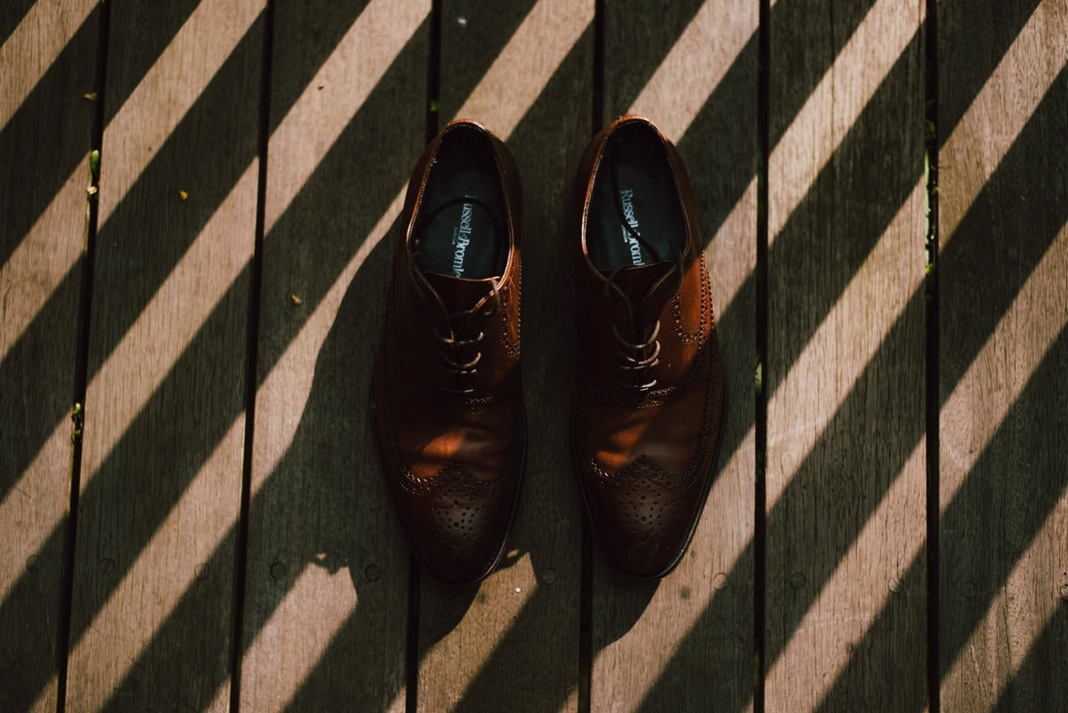 The groom shoes